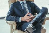 Top 5 Body Language Tips Power Lawyers Swear By